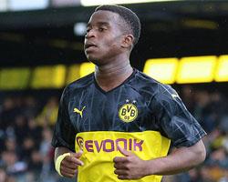 16-летний Мукоко впервые включен в заявку «Боруссии» на матч Бундеслиги